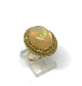 18kt Opal Ring