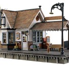 Woodland Scenics 5852 The Depot, Built & Ready