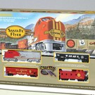 Bachmann 647 Santa Fe Flyer Train Set, HO Scale