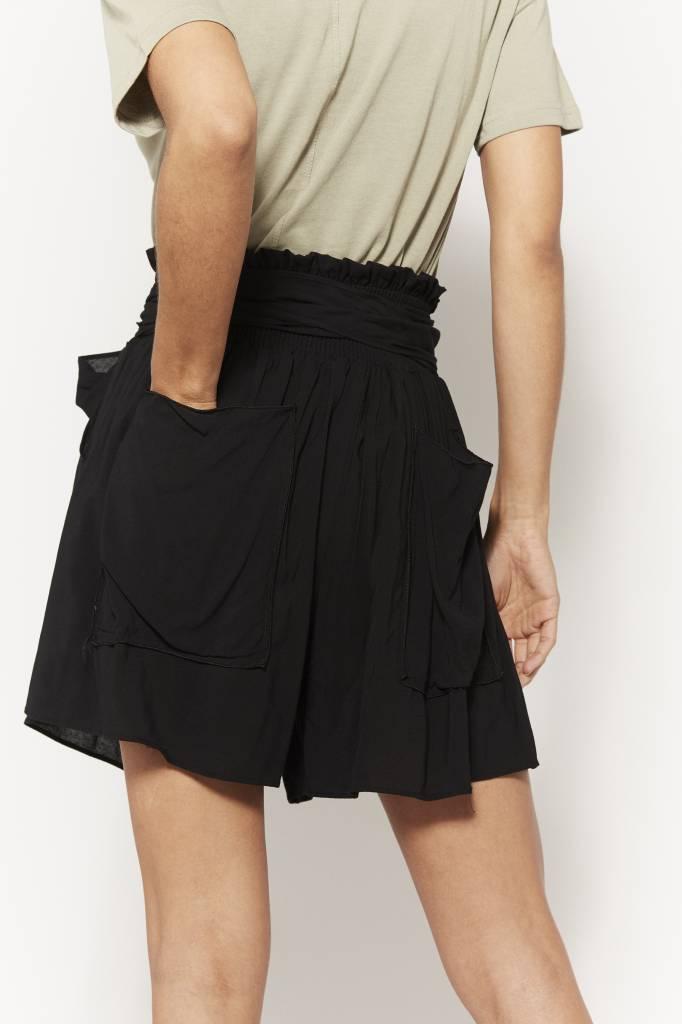 Corner 302 Bow Belted Black Shorts