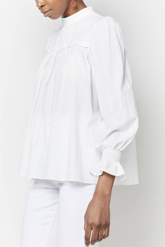 FAV Broderie White Blouse