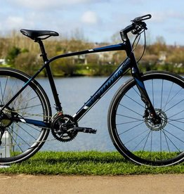 Specialized Specialized Sirrus Disc 2017 Navy/Black/Red M Bicycle