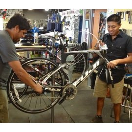 Build and Adjust bike from frame up (Pro build) with Di2 electronic shifting