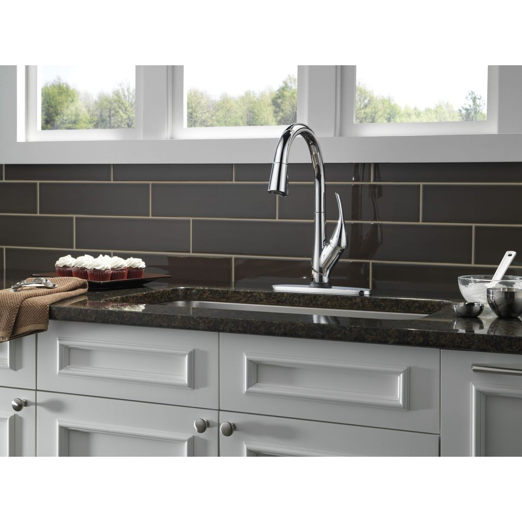 Delta 9181T Esque Single Handle Pull Down Kitchen Faucet With ...