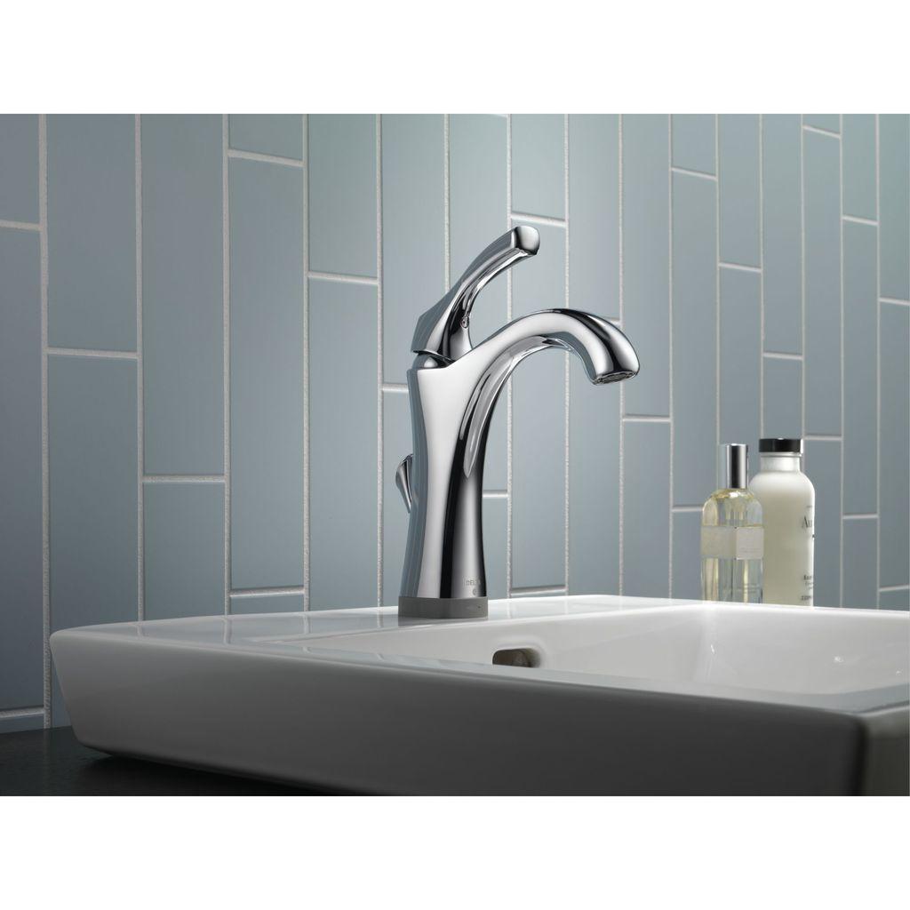 Delta Delta 592T Addison Single Handle Lavatory Faucet Touch2O Champagne Bronze
