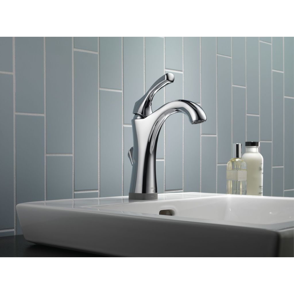 Delta Delta 592 Addison Single Handle Lavatory Faucet Brilliance Stainless