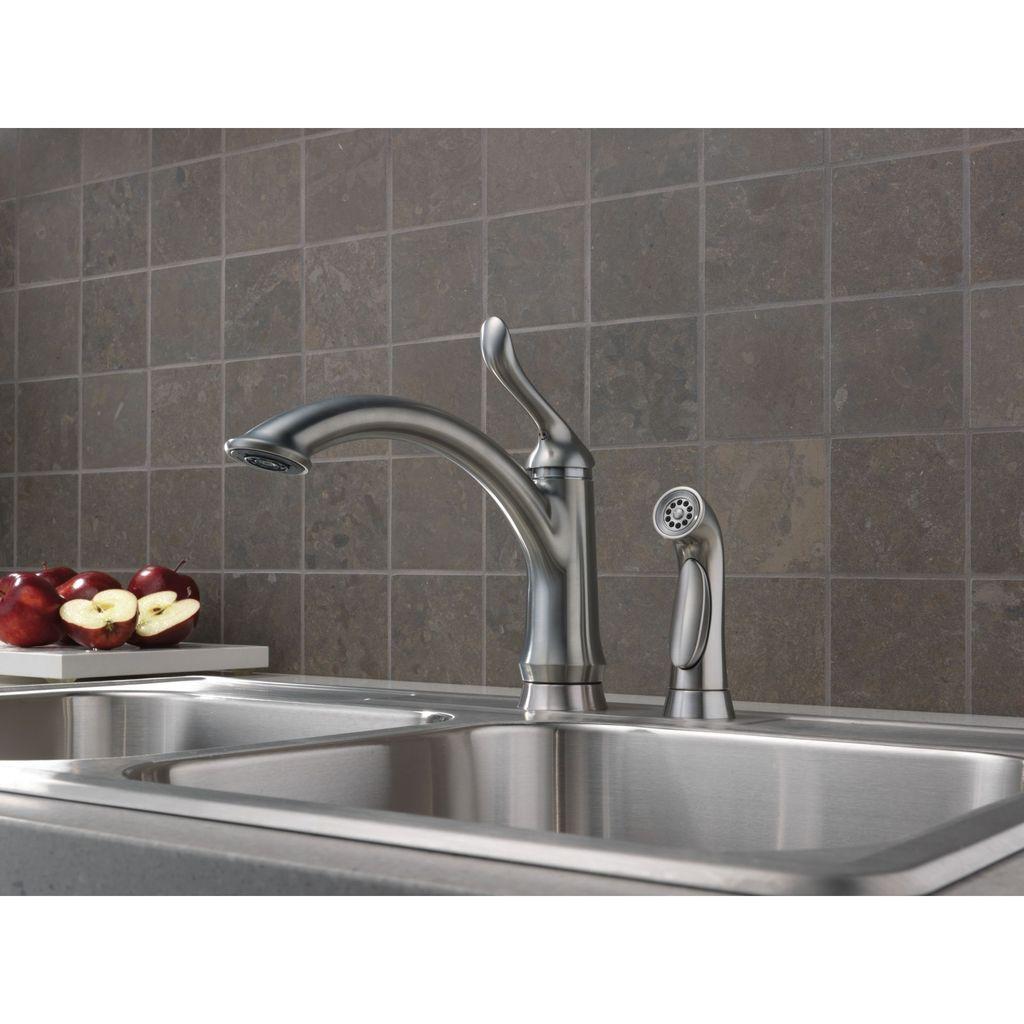 Delta Delta 4453 Linden Single Handle Kitchen Faucet With Spray Venetian Bronze