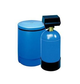 3M Commercial 3M HWS050 Commercial Hot Water Softener