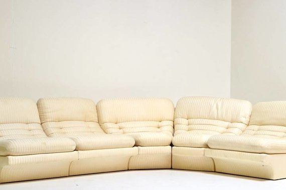WHITE SECTIONAL SOFA BY PREVIEW
