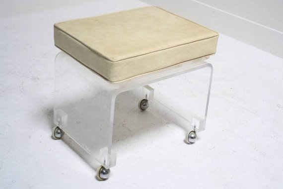 ACRYLIC STOOL ON CASTERS