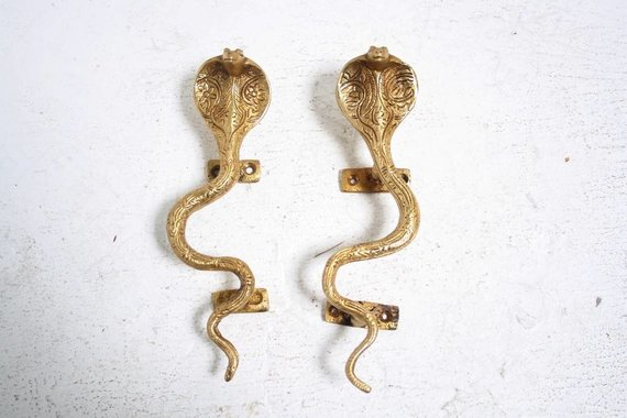 SMALL BRASS COBRA HARDWARE POLISHED BRASS RIGHT