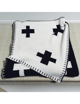 SCOUT LABEL SWISS CROSS BLANKET