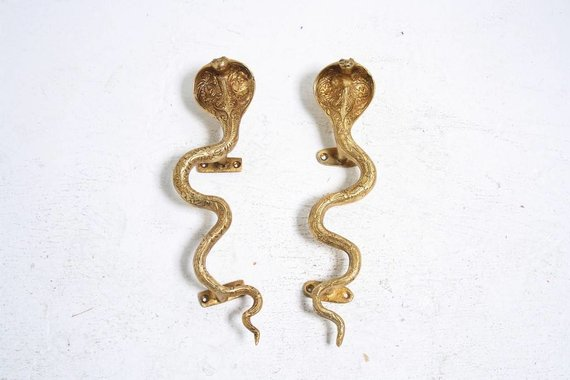LARGE COBRA HARDWARE POLISHED BRASS LEFT