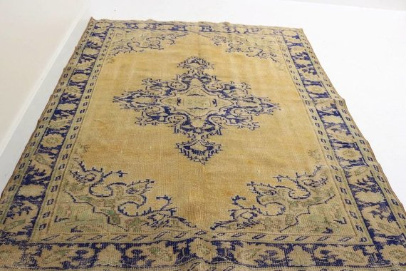 "ZA-138 VINTAGE TURKISH RUG (5' 9"" x 7' 11"")"