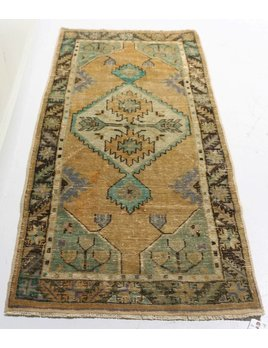 ZA-154 VINTAGE TURKISH RUG