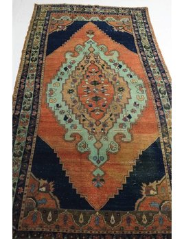 ZA-178 VINTAGE TURKISH RUG