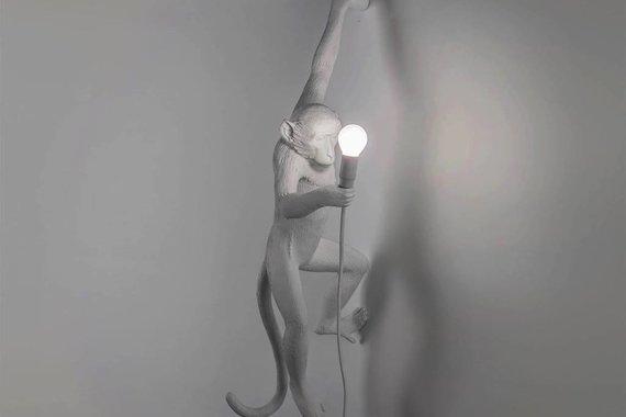 SELETTI RESIN MONKEY LAMP - HANGING (WHITE)