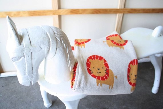 SCOUT LABEL LIONEL LION BLANKET