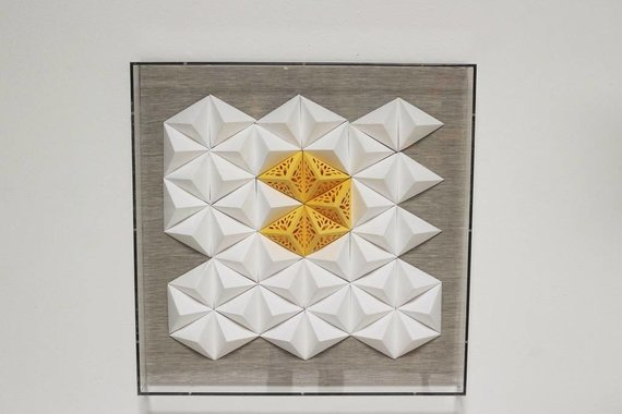 JEN LIN JZ025-2  WHITE AND YELLOW PAPER ART IN ACRYLIC