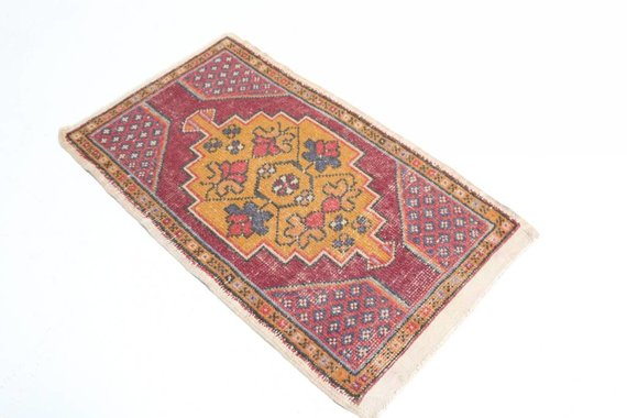 VINTAGE TURKISH MAT 25