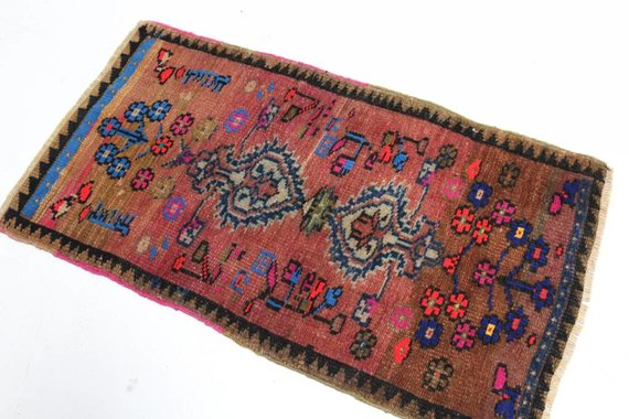 VINTAGE TURKISH MAT 26