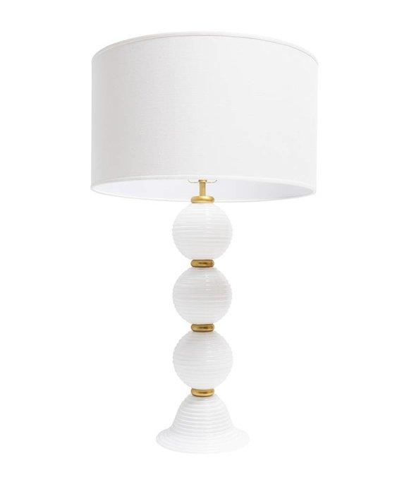 ESSEX LAMP IN WHITE