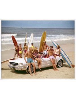 VINTAGE BEACH PARTY
