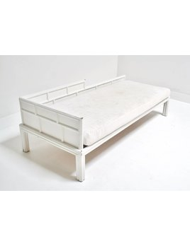 VINTAGE FAUX BAMBOO DAY BED