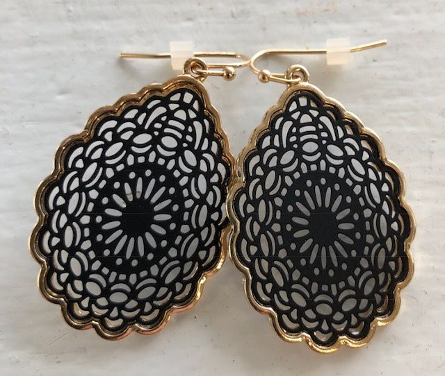 Back Road Beauties Pepper Mandala Teardrop Earring