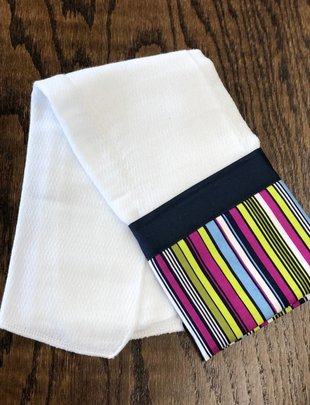 Mommy Designs Stripe w/Navy Ribbon Burp Pad