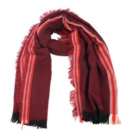 Scarf-Reds and Black
