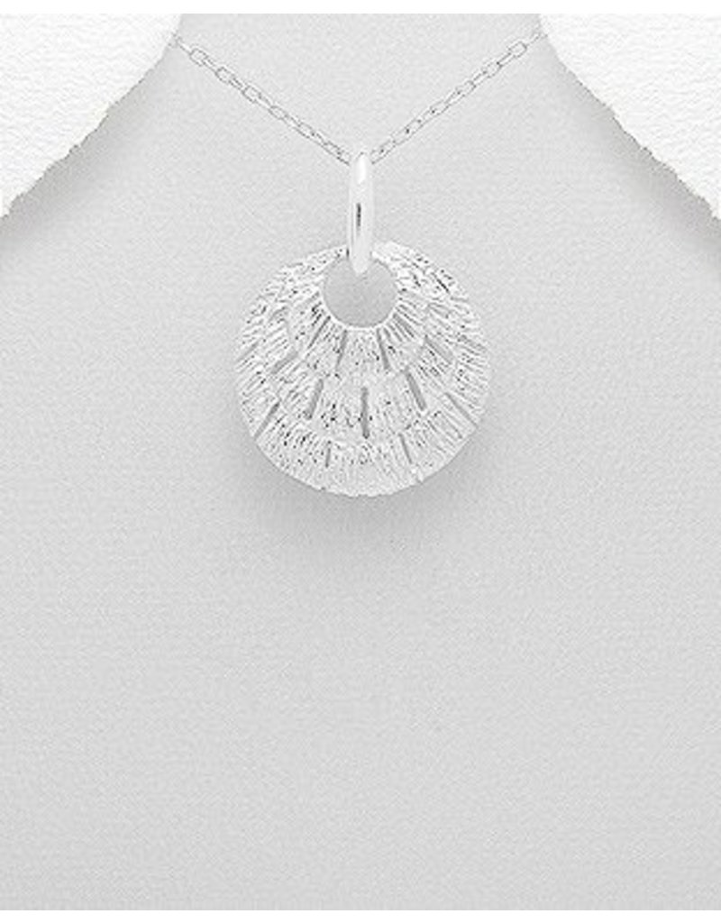 Necklace- Thick Patterned Pendant