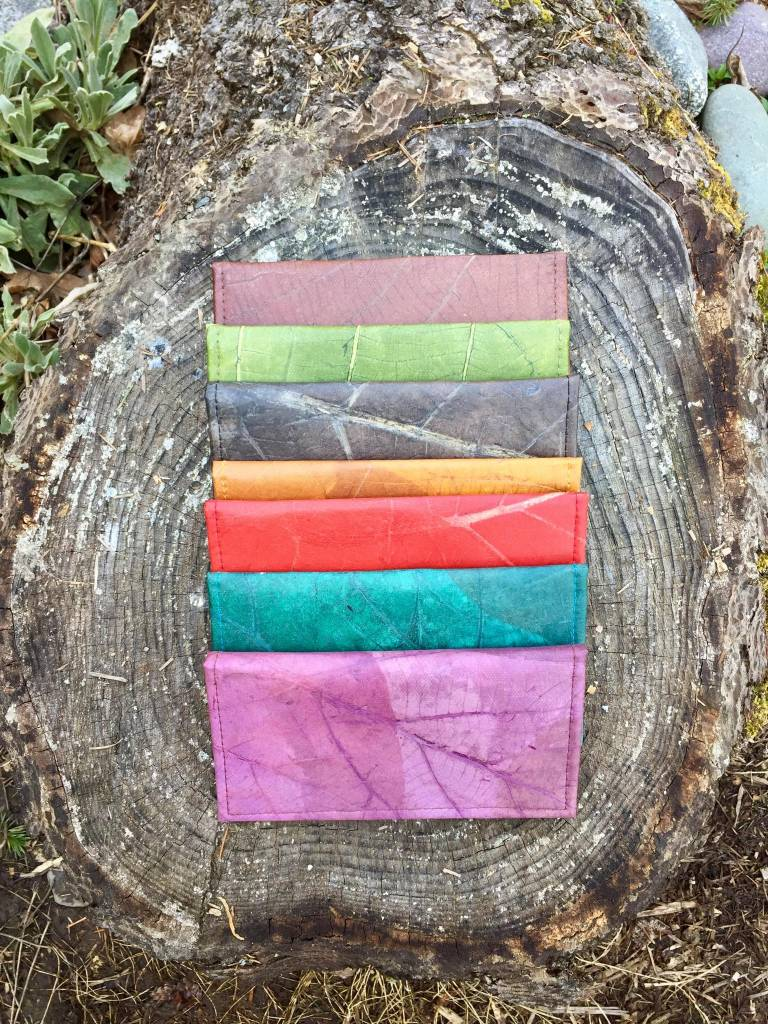 Tamaz Leaf Leather Wallets
