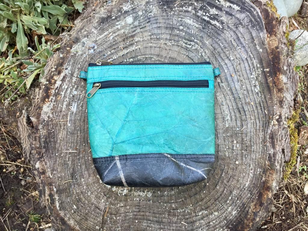 Tamaz Leaf Leather-Side Bag