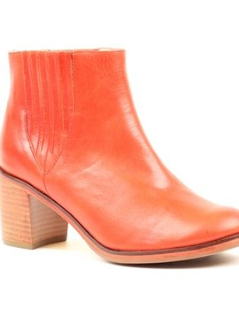 Samantha Pleet Leather Boot