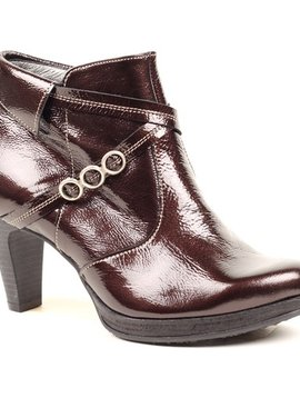 UTV Paton Leather High Heel Bootie