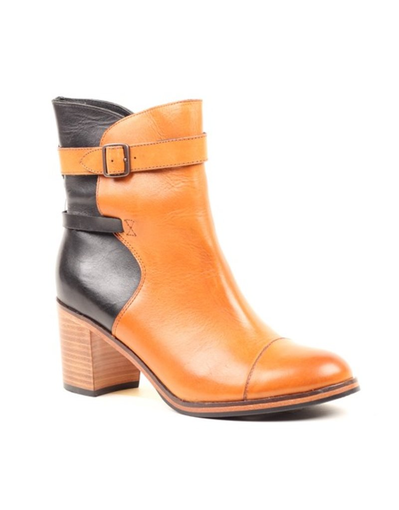Classic Leather Boot