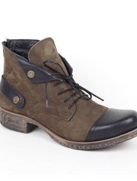 Bueno Bueno Short Ankle Boot