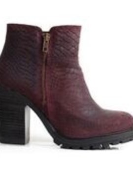 Apple of Eden Apple of Eden Ankle Boot with Heel