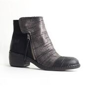 Felmini Felmini Short Boot with Silver Front Detailing
