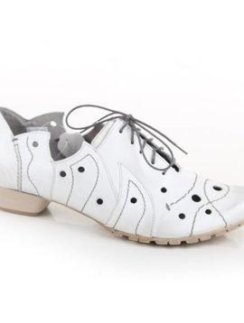 Maciejka White Tie Up Loafer