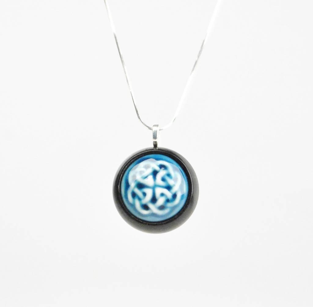 Studio Evans Celtic Knot-Peacock Blue
