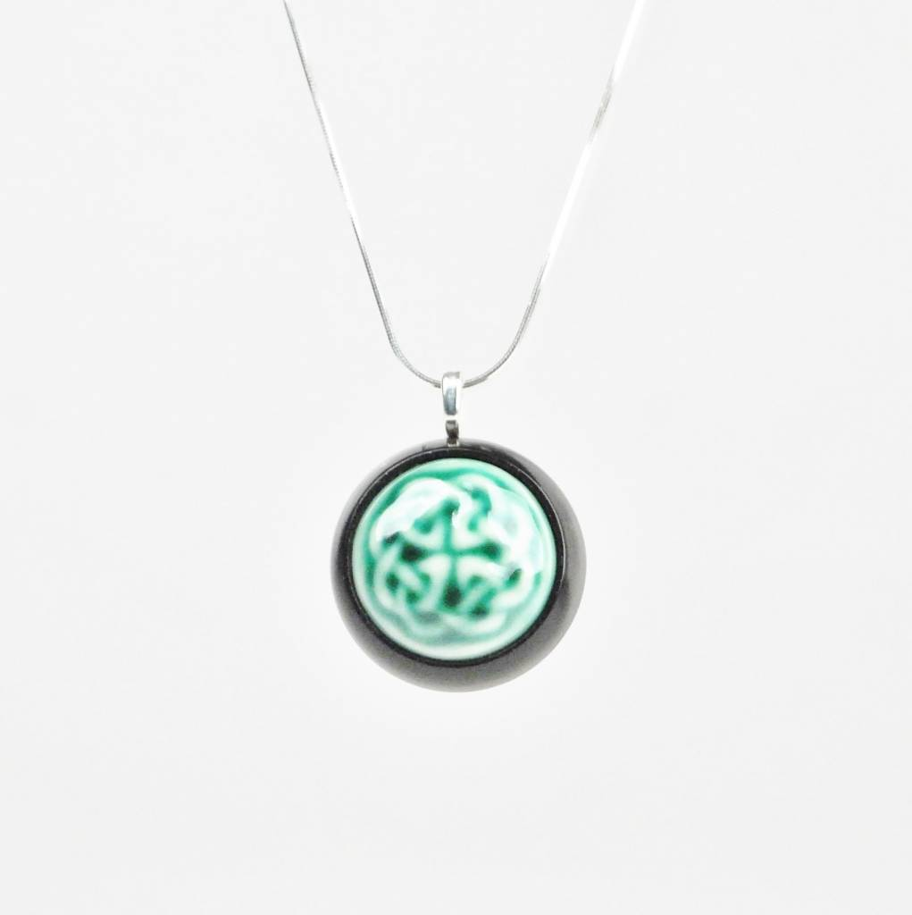 Studio Evans Celtic Knot-Dark Green