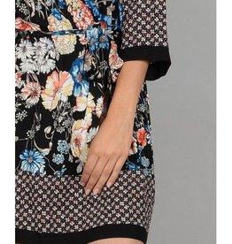 Molly Bracken Robe fleur noire