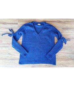 Jella C. L/S Knit Sweater W/ Eyelet Shoulder Trim Denim Blue