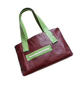 Lola Falk Lola Falk Grayson Travel Bag: Oxblood Red