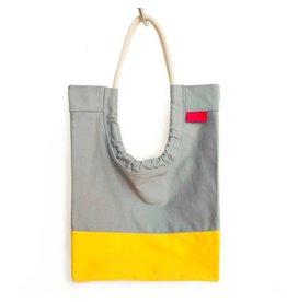 Toute Toute Tote Bag: Gray & Mango