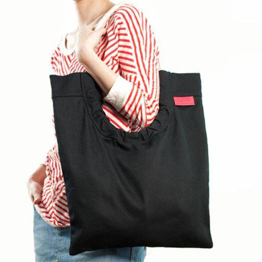 Toute Toute Tote Bag: Black