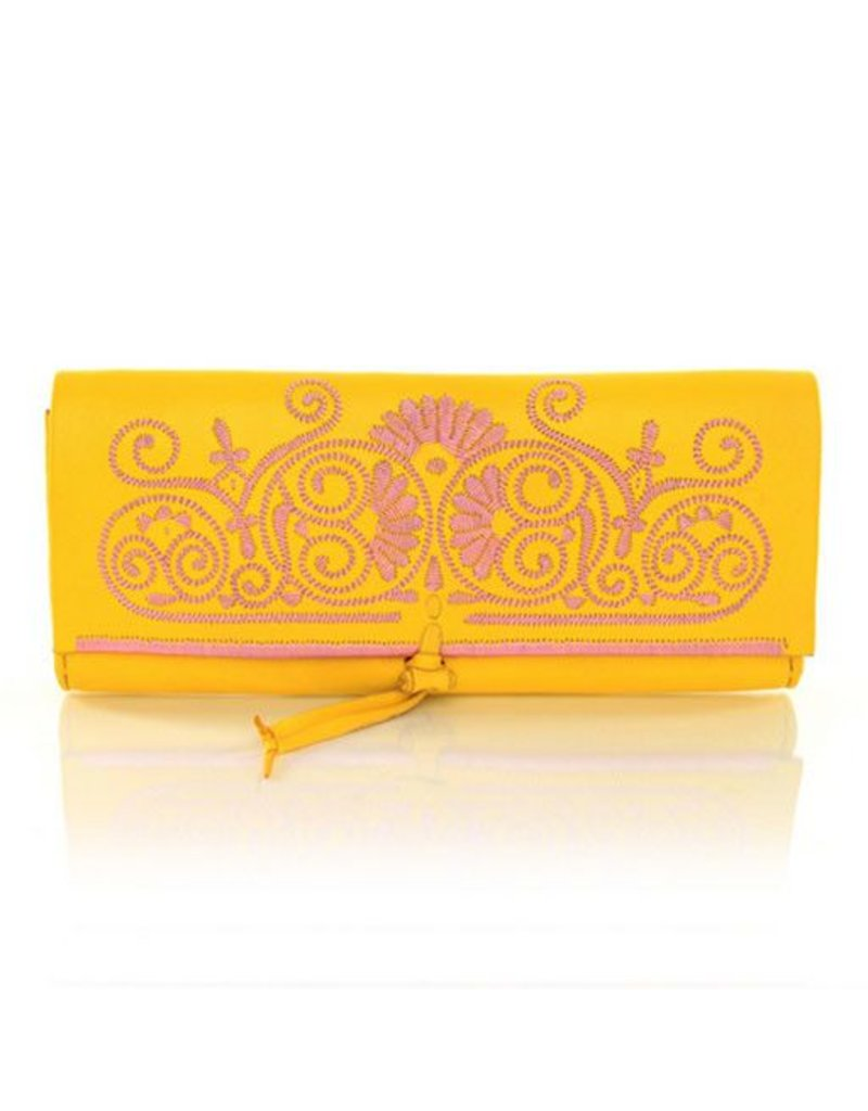 Abury Abury Berber Clutch: Yellow