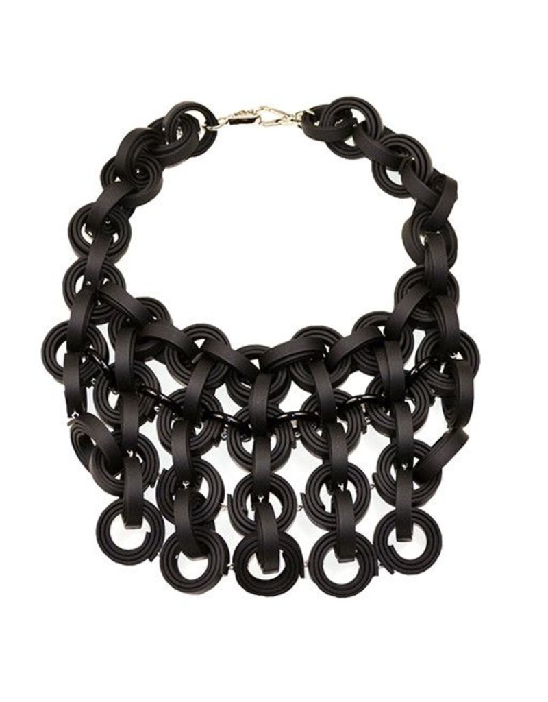 Klamir Klamir Concentric Rings Necklace: Black